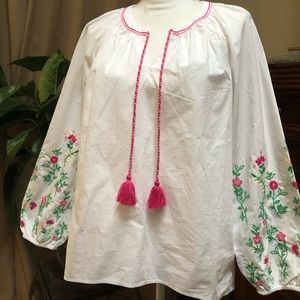 Boho crown & ivy blouse
